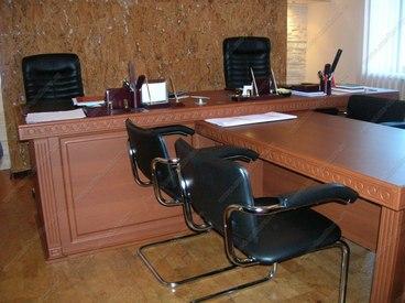 Мебель для офиса в классическом стиле 2