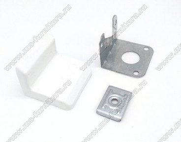Уголок металлический + пластиковая заглушка Белый 1