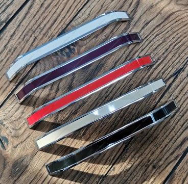 Ручка-скоба 192 мм хром+красный VLX-192-02/08 2
