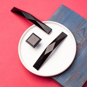 Ручка-кнопка матовый черный RK-105 BL 4