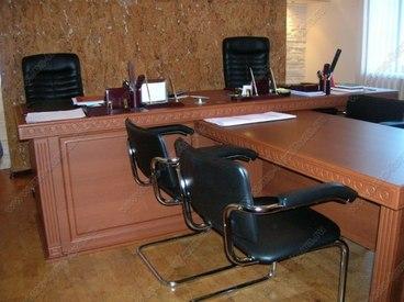 Мебель для офиса в классическом стиле 1