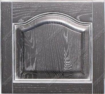 Фасад Классика из массива ясеня цвет черный с белой патиной 1