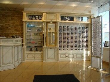 Мебель с фасадами из массива ясеня Ника белый с золотой патиной 1