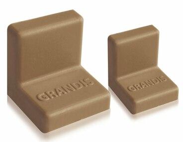 Заглушка для уголка Grandis малый пластиковый орех 20х20 мм 1