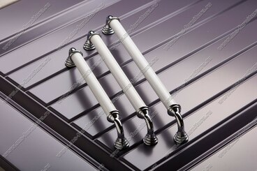 Ручка-скоба 160 мм хром/белый 833-160-V1/V6 5
