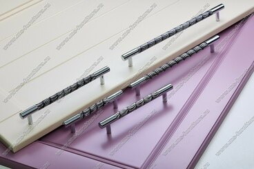 Ручка-рейлинг 96 мм хром+черный 14.255-011 5