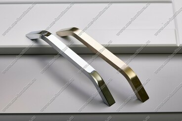 Ручка-скоба 224 мм полированный никель 308-224-000-02 4