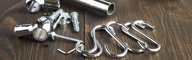 Рейлинги с крепежами, крючками и заглушками