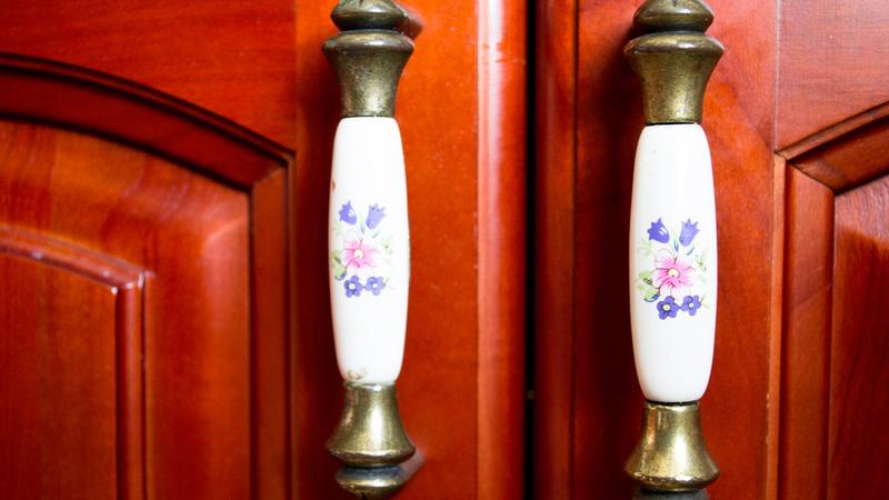 Металлические ручки с керамическими вставками