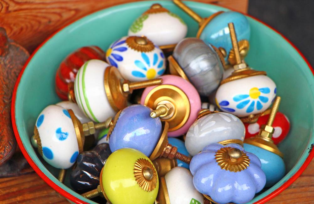 Цветная керамическая фурнитура