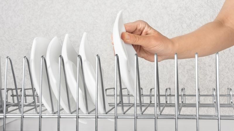 Металлическая сушилка для посуды