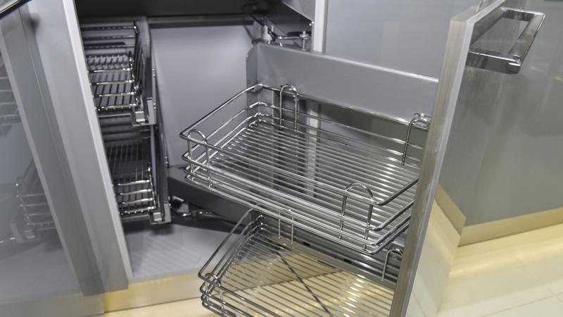 Выдвижная корзина для посуды